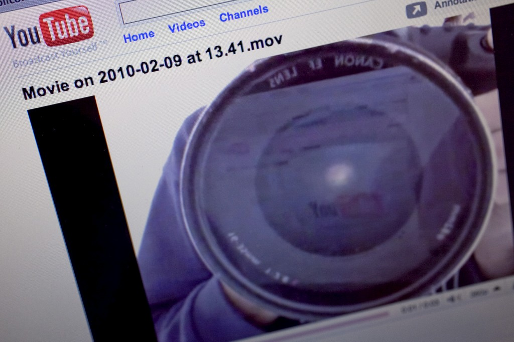 YouTube lança versão portuguesa