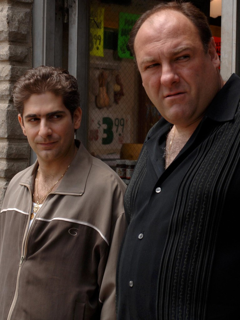 "O actor com Michael Imperioli, que interpretou Christopher Moltisanti em ""Os Sopranos"""