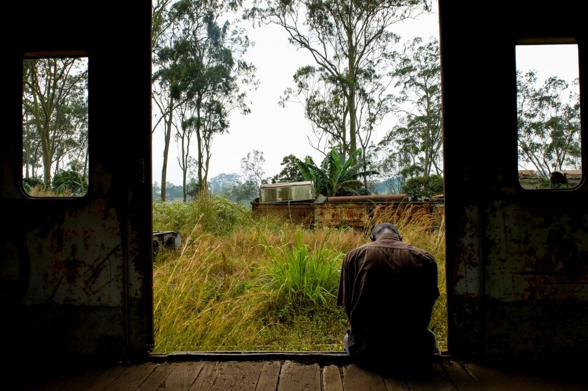 A partir da República Democrática do Congo, o vírus da sida espalhou-se, por exemplo, de comboio