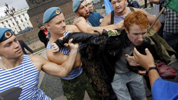 Na Rússia, a vida de um gay conta menos